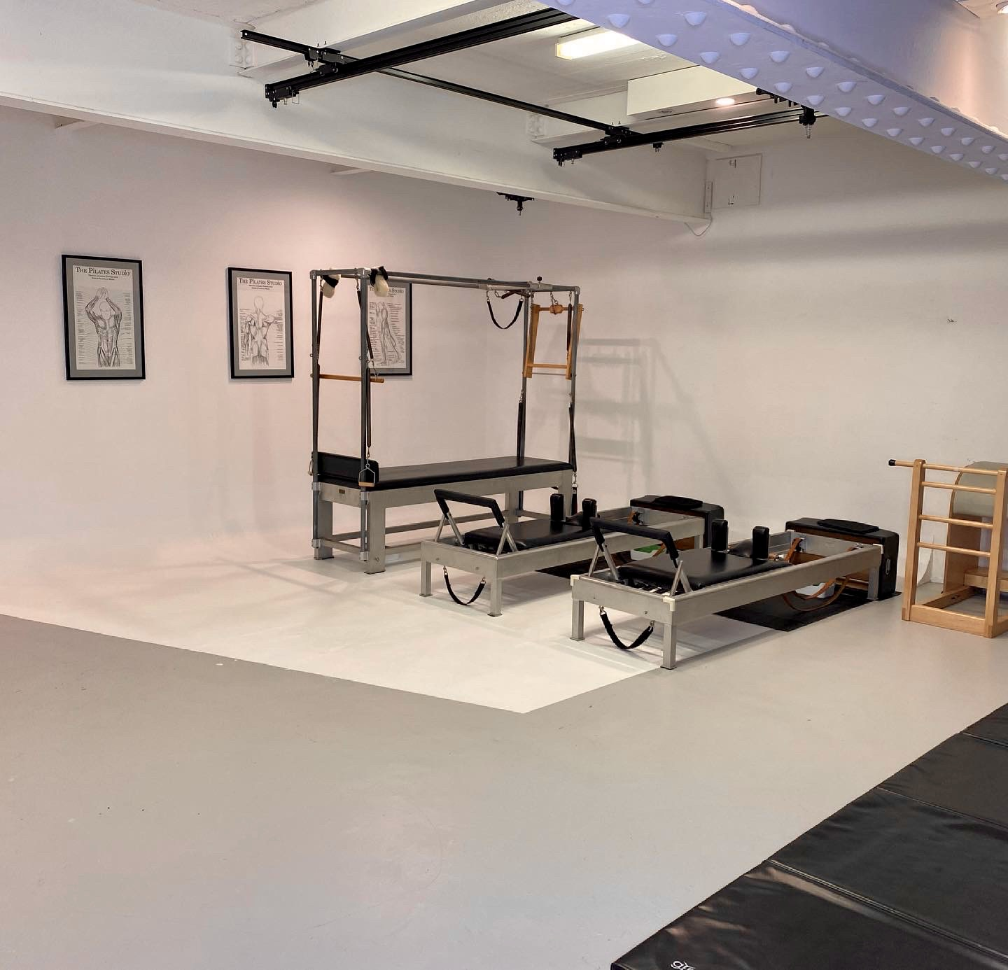image-of-pilates-reformers-and-pilates-bed-potts-point